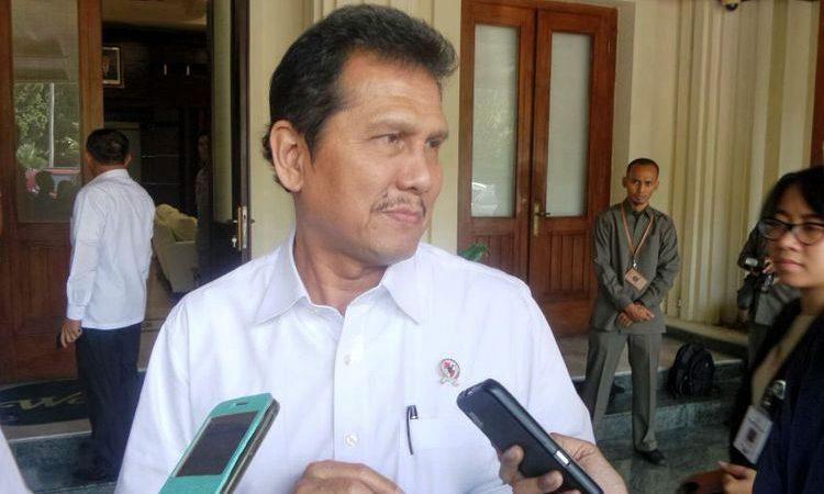 Wartakepri, Menteri Asman