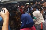 Tim KPK Juga Menggeledah Ruang Kerja Kadis DLHK Kepri di Dompak